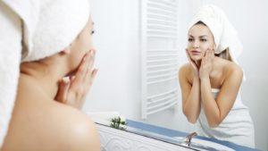 Вечерний ритуал, который сохранит красоту и молодость кожи лица