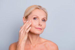 Раскрыты полезные свойства молочной кислоты для кожи
