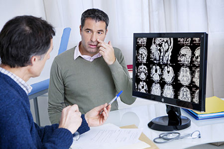 ЛОР-врач назначает компьютерную томографию