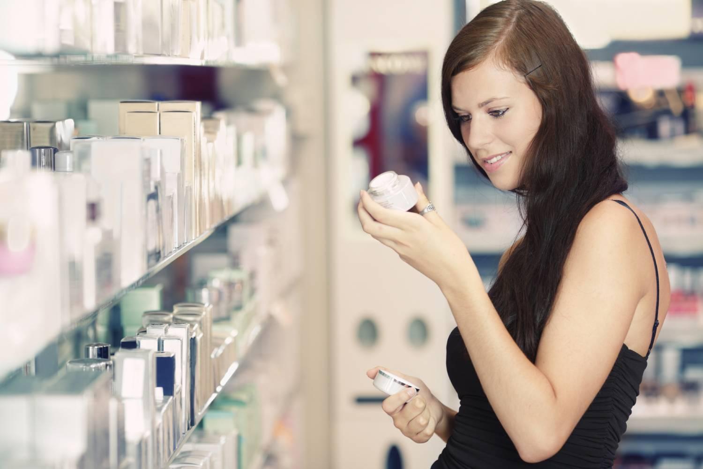 Сколько и каких на самом деле нужно женщине использовать косметических уходовых средств?