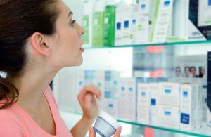 Косметологи дают рекомендации по подбору косметики, чтобы не навредить чувствительной коже лица