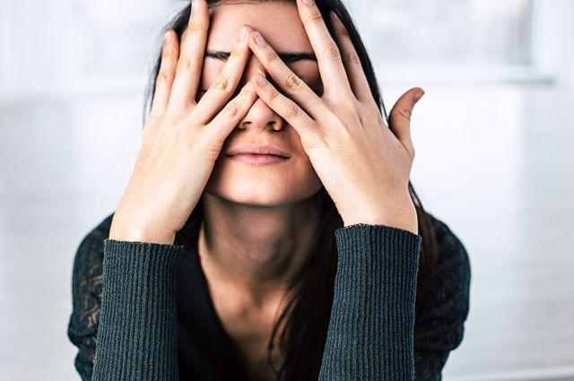 Почему кожа лица стянутая после умывания? 16 правил избегать такого