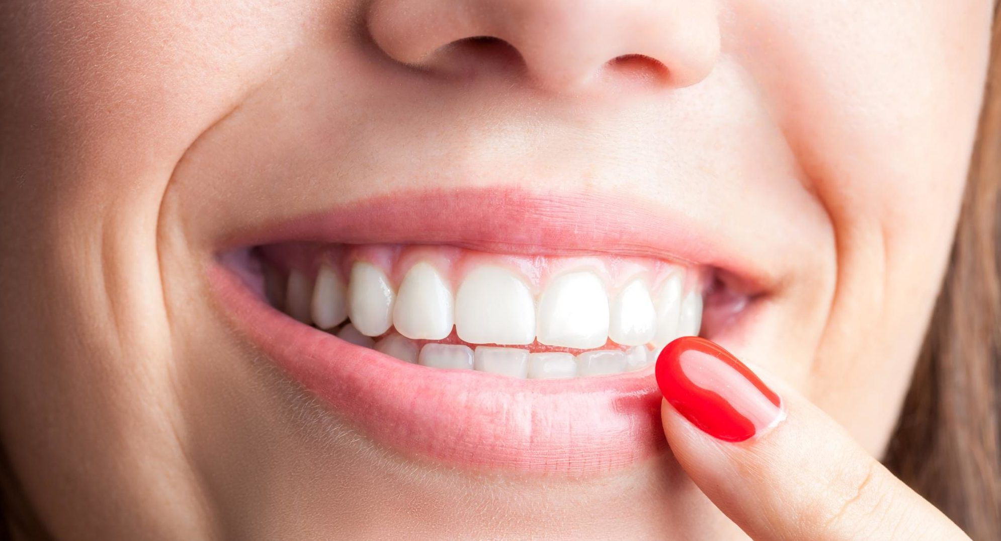 Шатается коронка на зубе: что делать