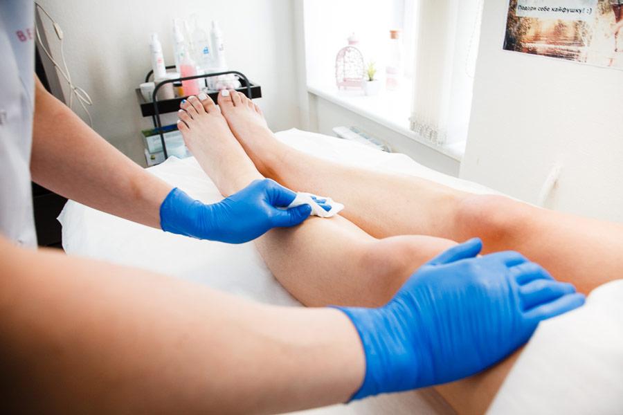 протирание кожи ног