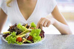 Правильное питание в профилактике появления прыщей