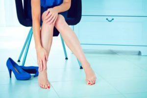 колено опухло и болит при сгибании лечение народными средствами