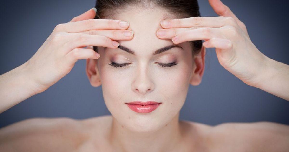 3 простые привычки помогут сохранить молодость кожи во сне