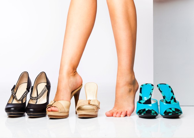Тесная обувь