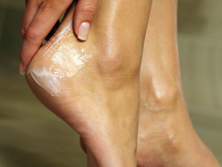 крем для пяток ног