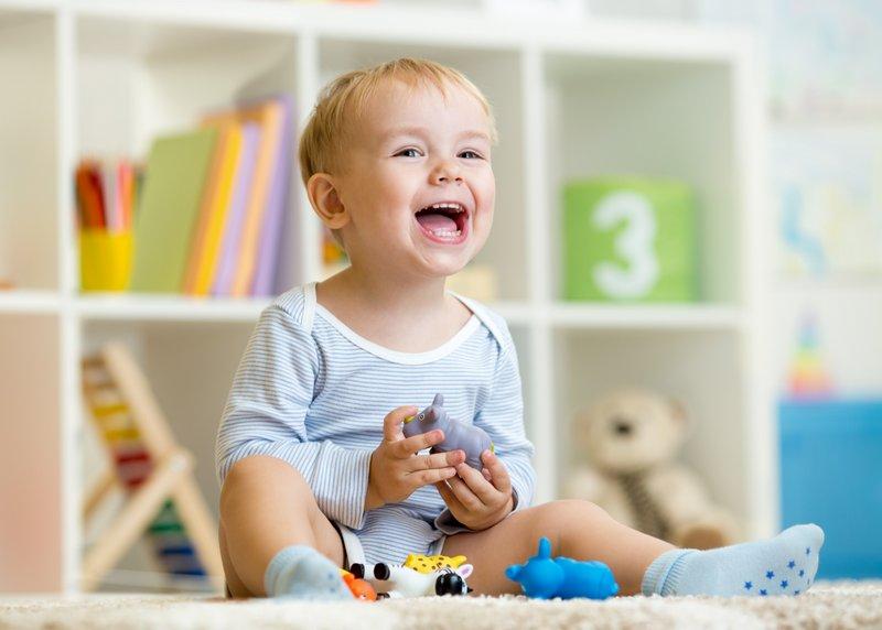 Сколько должно быть зубов у ребёнка в 2 года