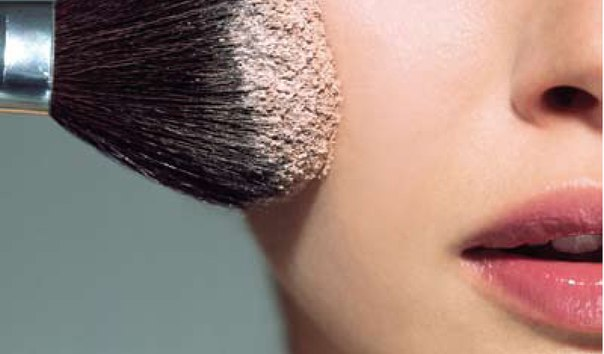 5 косметических средств, которые обязательно должны быть под рукой летом