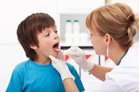 Заболевания горла у детей
