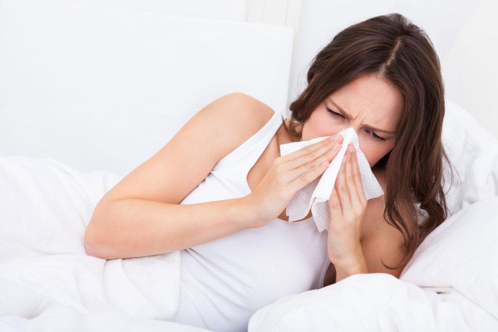 При насморке болят зубы