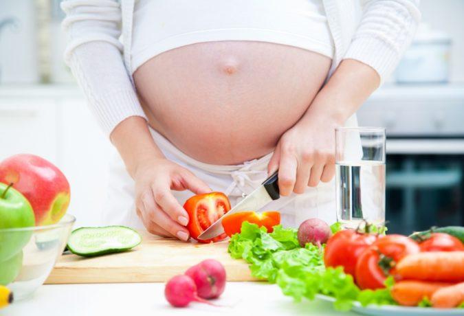 Боль в дёснах при беременности: снимаем без последствий для малыша