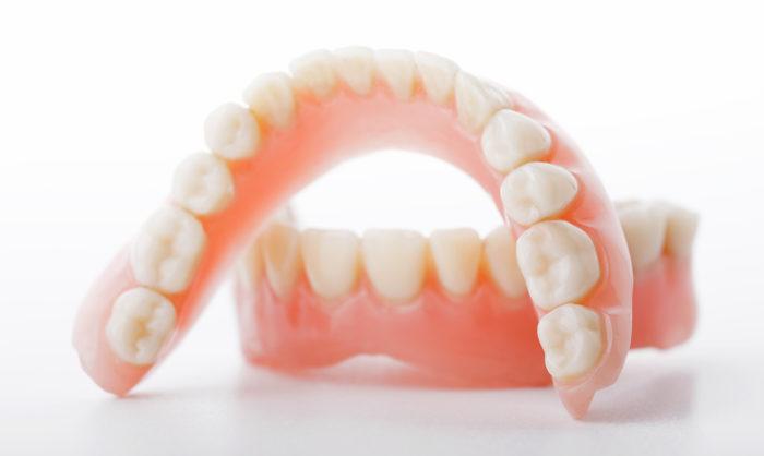 Материалы для протезирования зубов