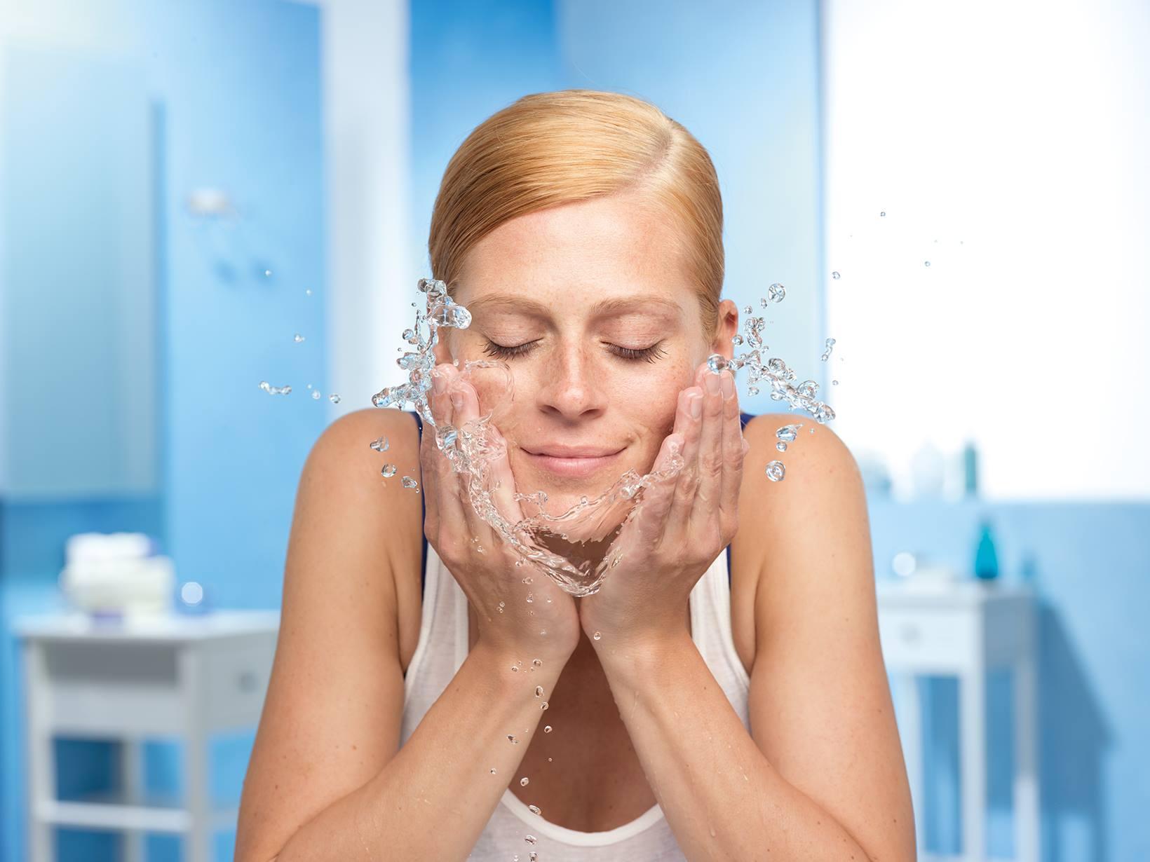 Девушка с мылом в глазах