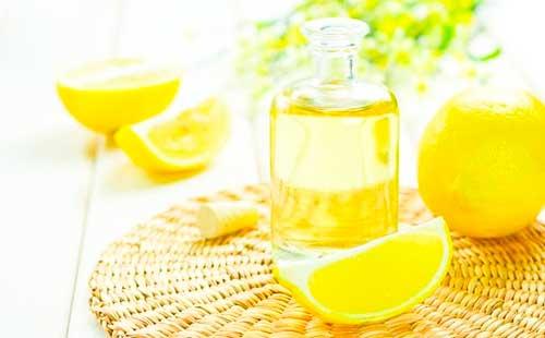 Маска с лимоном от пятен на лице