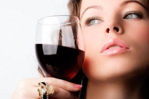Маски для лица из красного вина