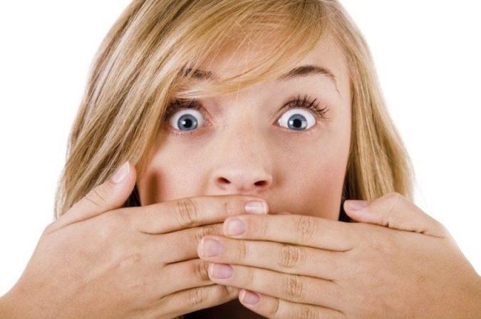 Почему может изо рта пахнуть аммиаком?