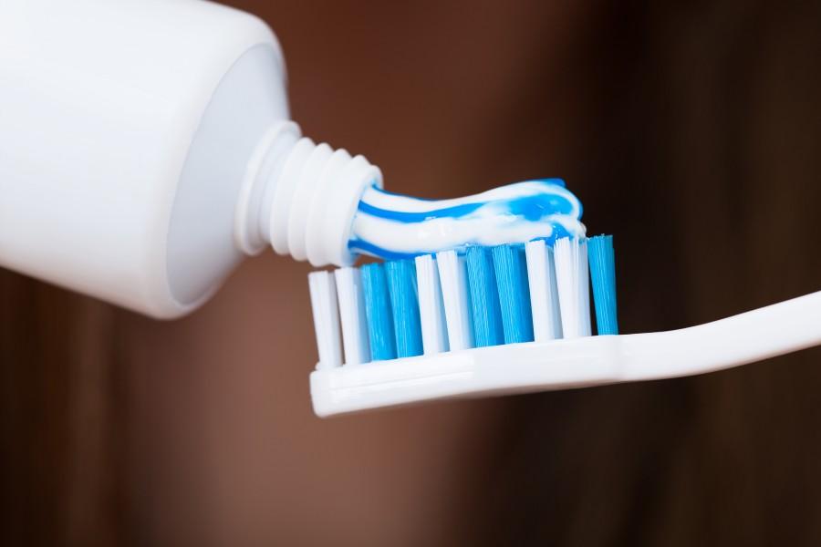 Обзор детских зубных паст без фтора