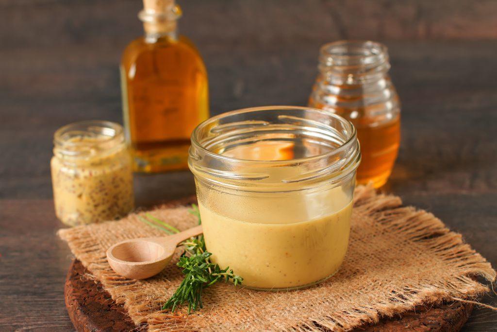 Косметика с медом, есть ли польза нашей коже?