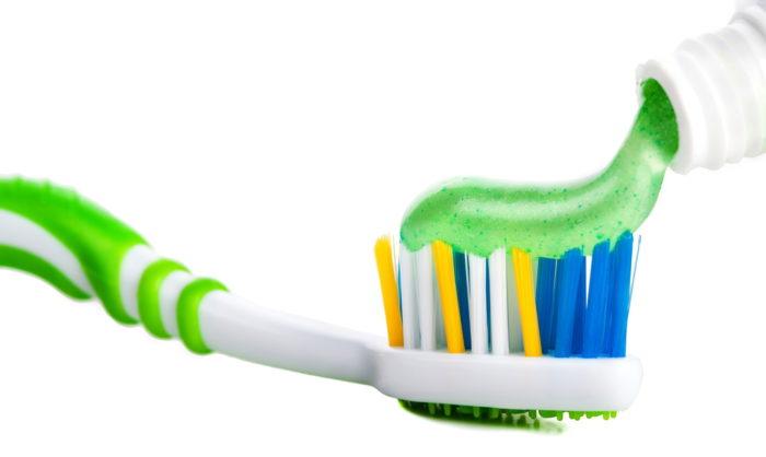Выбираем зубную пасту без фтора