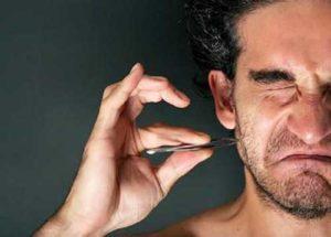 Причины появления прыщей на бороде