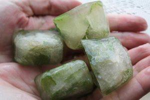 Ледяные кубики с мятой