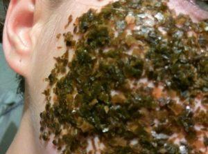 Ламинарий (морская капуста) на лицо