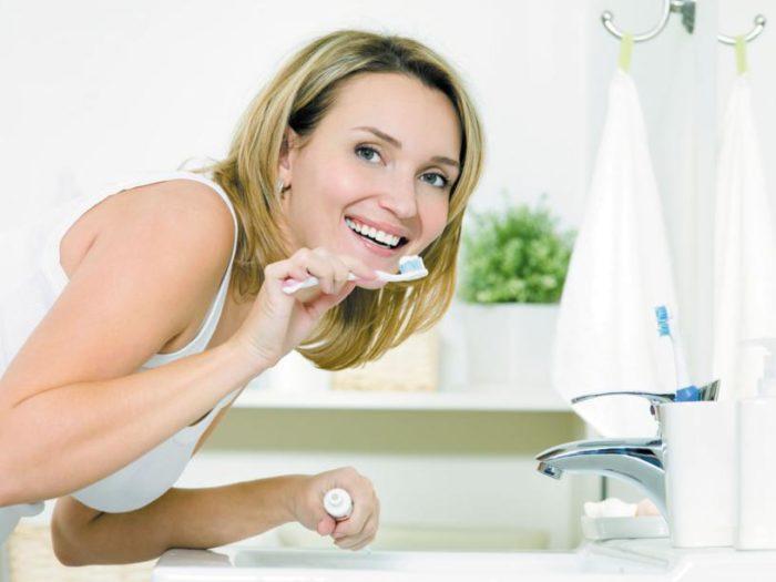 Опасна ли зубная анестезия при грудном вскармливании?