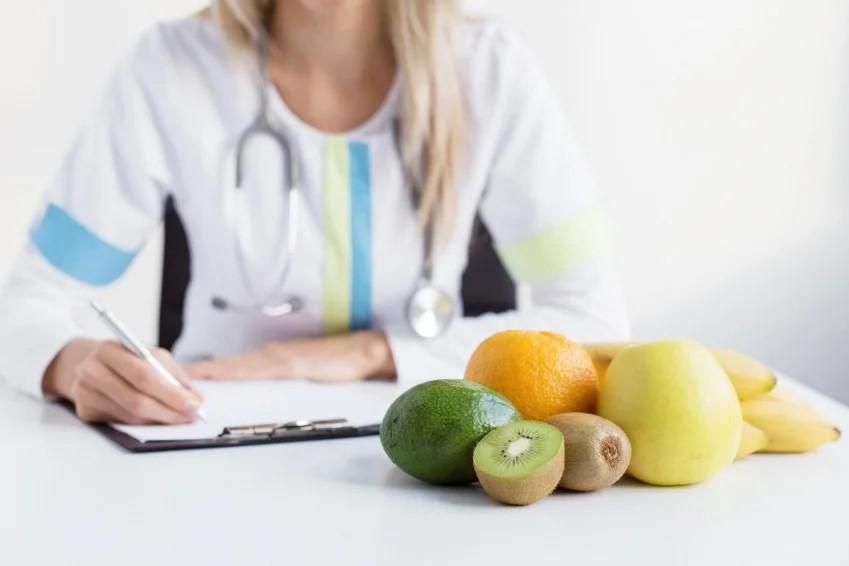 врач диетолог